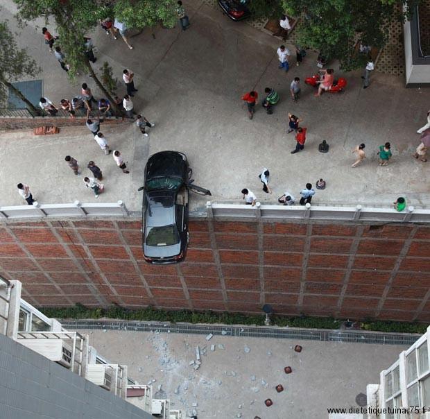 Accident de voiture en hauteur